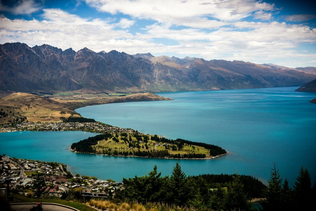 Queenstown New Zealand Travel & Vacation Planning